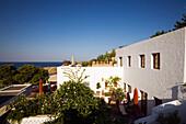 Außenaufnahme von einem Hotel, Lindos, Rhodos, Griechenland