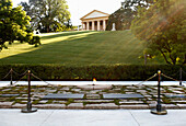 Eternal Flame on John F. Kennedy's grave, Arlington, Virginia, USA