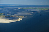 aerial photo of the North Sea islands of Föhr and Amrum, tidal flats, North Frisian islands, federal state of Schleswig-Holstein, northern Germany