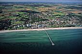 Pier, Groemitz, Bay of Luebeck, Schleswig-Holstein, Germany