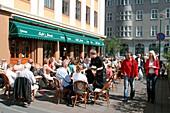 Iceland, Reykjavik, center, Cafe Paris, outdoor terasse in summer