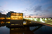 View of a restaurant, gastronomy, in the Media Harbour in the evening light, Düsseldorf, state capital of NRW, North-Rhine-Westphalia, Germany