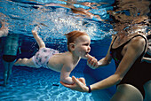 Baby diving underwater, Swimming, Babyswim
