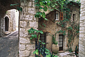 An alleyway in St. Paul de Vence, Provence, France