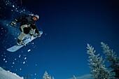 Snowboarding, Sudelfeld, Bavaria, Germany