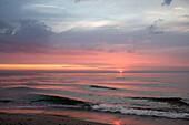 Sundown at sea, Rostock-Warnemuende, Baltic Sea, Mecklenburg-Western Pomerania, Germany