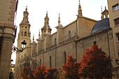 Jakobsweg, Außenaufnahme von Kathedrale, Concatedral Santa María de Redonda, Logrono, La Rioja, Spanien