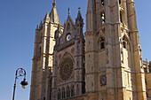 Außenansicht der Kathedrale Santa María La Regla, Leon, Kastilien-Leon, Spanien
