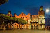 Gebäude des Port de Barcelona, Rambla de Mar, Port Vell, alter Hafen, Ciutat Vella, Barcelona, Katalonien, Spanien