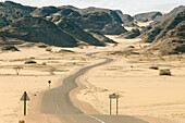 Winding road in the desert, Djanet, Bordj el Haoues, Sahara, Algeria, Africa