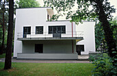Bauhaus Master s House (Walter Gropius, 1926), restored 1994. Dessau, Germany