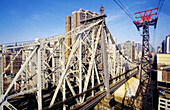 Queensboro bridge and cable car across Hudson river . New York (NY) Manhattan. United states (USA)