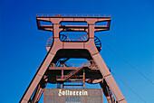 Headgear, Zeche Zollverein, Essen, North Rhine-Westphalia, Germany