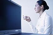 Drinks, Female, Glass, Glasses, Horizontal, Human, Indoor, Indoors, Inside, Interior, Job, Jobs, La