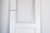 Color, Colour, Concept, Concepts, Detail, Details, Door, Doors, Horizontal, Indoor, Indoors, Inside, Interior, Open, White, A75-234744, agefotostock
