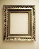 Antique, Antiques, Antiquities, Color, Colour, Concept, Concepts, Elegance, Elegant, Empty, Frame, Frames, Geometry, Golden, Indoor, Indoors, Inside, Interior, No one, Nobody, Object, Objects, One, Painting, Paintings, Square, Squares, Thing, Things, Ver