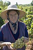 xterior, Facial expression, Facial expressions, Facing camera, Farming, Female, Fifties, Fruit, Fruit