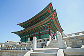 Gyeongbokgung Palace, Geunjeongjeon, the main palace building and finest sample of korean architecture during the Joseon Dynasty. Seoul, Republic of Korea. 2004