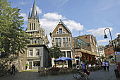 Germany, North Rhine-Westphalia, Aachen, view of the Aachen Dom (Cathedral) from Fischmarkt