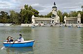 Parque del Buen Retiro. Monument to king Alfonso XII at background. Madrid. Spain