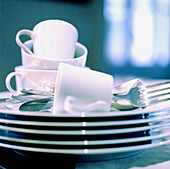 Clean, Close up, Close-up, Closeup, Color, Colour, Concept, Concepts, Cup, Cups, Cutlery, Dish, Dishes, Fork, Forks, Heap, Heaped, Heaps, Indoor, Indoors, Inside, Interior, Object, Objects, Pile, Piled up, Piles, Plate, Plates, Ready, Square, Stack, Stac