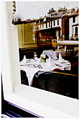 Cities, City, Color, Colour, Contemporary, Daytime, Dining room, Dining rooms, Dining-room, Dining-rooms, England, Europe, Exterior, Glass, Great Britain, House, Houses, London, Mirror image, Mirror images, Outdoor, Outdoors, Outside, Ready, Reflection,