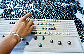 Robert Wan pearls, most important grower trader and black pearl jeweller. Gambier and Papeete. Tahiti. French Polynesia