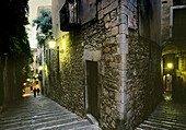 Streets at the Call (old Jewish quarter). Girona. Spain