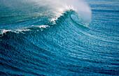Background, Backgrounds, Blue, Break, Breaker, Breakers, Breaking, Color, Colour, Concept, Concepts, Daytime, Exterior, Foam, Horizontal, Motion, Movement, Moving, Natural background, Natural backgrounds, Nature, Outdoor, Outdoors, Outside, Rough sea, Se