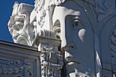 Detail in Jugendstil-Fassade in Elizabetes Strasse