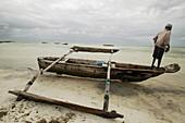 Jambiani beach, Fishermen. Zanzibar Island. Tanzania