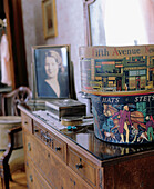 50 s, Aged, Antique, At home, Bedroom, Bedrooms, Box, Boxes, Chest of drawers, Chest of draws, Chests of drawers, Classic, Color, Colour, Contemporary, Daytime, Decoration, Detail, Details, Furniture, Hat, Hat box, Hats, Headgear, Home, Indoor, Indoors,