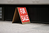 Business, Cities, City, Color, Colour, Commerce, Concept, Concepts, Daytime, Detail, Details, Exterior, Fur sale, Horizontal, Outdoor, Outdoors, Outside, Red, Sell, Selling, Sign, Signs, Street, Streets, Trade, Urban, C71-287602, agefotostock