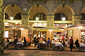 Spain,Barcelona,Plaza Real,Restaurants outdoor terasse