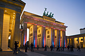 Berlin, Pariser Platz, Brandenburger Tor, Festival of lights 2006
