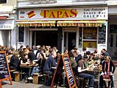 Hamurg Karolinenviertel Restaurants bars people Tapas