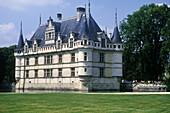 Azay-le-Rideau Castle (1518-29). Val-de-Loire, France