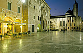 16th Century, Architecture, Ascoli Piceno, Bell tower, Bell towers, Cafe terrace, Cafe terraces, Church, Churches, Cities, City, Cityscape, Cityscapes, Civil architecture, Clock, Clocks, Color, Colour, Europe, Exterior, Horizontal, Human, Illumination, I