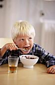 Food, Grain, Healthy, Healthy food, Home, Human, Hunger, Hungry, Indoor, Indoors, Inside, Interior, K