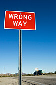 America, Arizona, Cloud, Clouds, Color, Colour, Concept, Concepts, Daytime, Exterior, Freeway, Highway, Highways, North America, Outdoor, Outdoors, Outside, Red, Road, Road sign, Road Signs, Roads, Sign, Signs, Skies, Sky, Thoroughfare, Thoroughfares, Tr