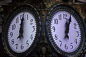 Time: clockface.