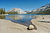Stately Pleasure and Pywiack Domes above Tenaya Lake, Tuolumne Meadows area, Yosemite National Park, California