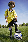 5 to 10 years, 5-10 years, Boy, Boys, Caucasian, Child, Childhood, Childre, Children, Children football, Children soccer, Color, Colour, Concentrate, Contemporary, Curly hair, Football, Infantile, Kid, Kids, Male, Outdoor, Outside, Park, People, Person,
