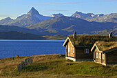 Cabin by the lake of Tyin. Jotunheimen NP. Norway, Scandinavia, Europe.