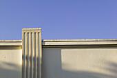 Architectural detail, Architectural details, Architecture, Blue, Blue sky, Building, Buildings, Color, Colour, Concept, Concepts, Daytime, Decoration, Detail, Details, Exterior, Geometry, Horizontal, Molding, Moldings, Moulding, Mouldings, Outdoor, Outdo