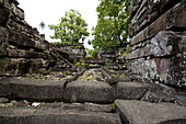 Ruins of Nan Madol with grave of the king, Pohnpei, Micronesia, Oceania