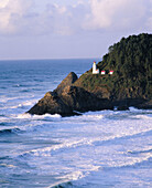 Heceta Head lighthouse. Devil s Elbow State Park. Lane county. Central Oregon coast. Oregon. USA.