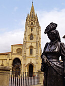 Statue of La Regenta ( The Regent s Wife , a character from the famous novel of the same name), by sculptor Mauro Álvarez, Cathedral in background. Plaza de Alfonso II el Casto, Oviedo. Asturias, Spain