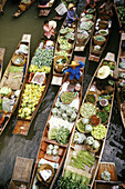 Floating Market in Damnoen Saduak, Thailand, South East Asia