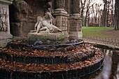 Fontaine Medici, Jardin du Luxembourg, largest public park in Paris, 6e Arrondissement, Paris France